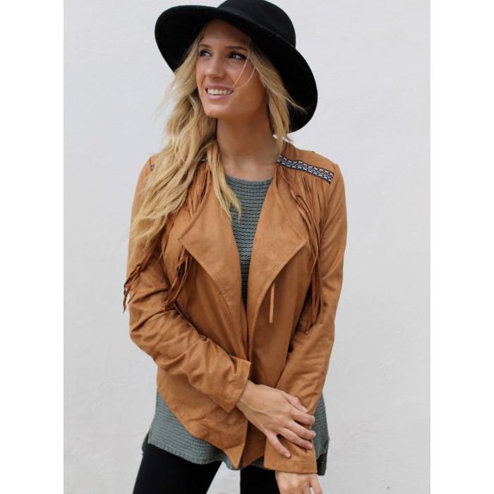 chaqueta de mujer color camel