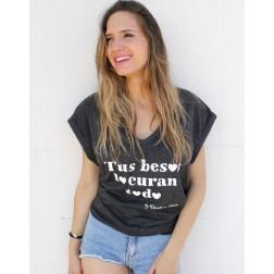 Camiseta Gris Tus besos lo curan todo