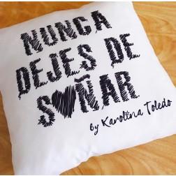 Nunca dejes de Soñar Pillow