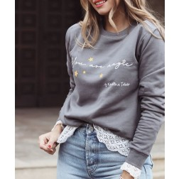 Sudadera Gris You Are Magic de Karolina Toledo