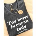 Camiseta karolina toledo moda de mujer tus besos lo curan todo